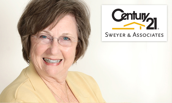 Anne Arnold headshot century 21