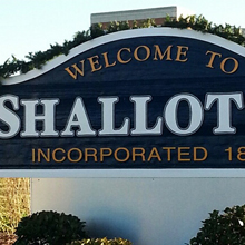 small graphic of the Shallotte North Carolina Welcome sign